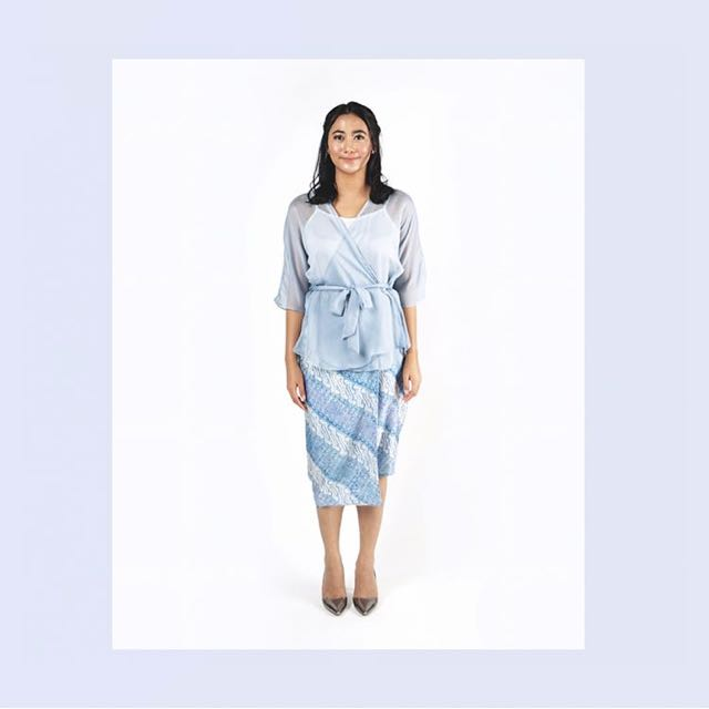 Divya Kalila Top In Dusty Blue