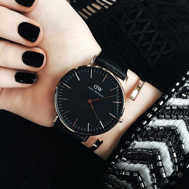 DW Classic Black Leather