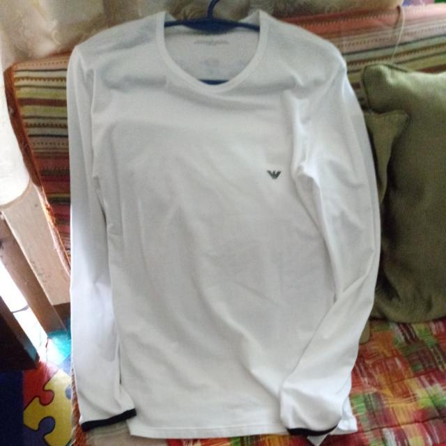 Emporio Armani (Sweatshirt)