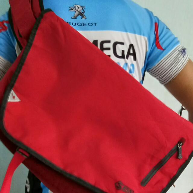 Price Drop! F5S Cycling Bag