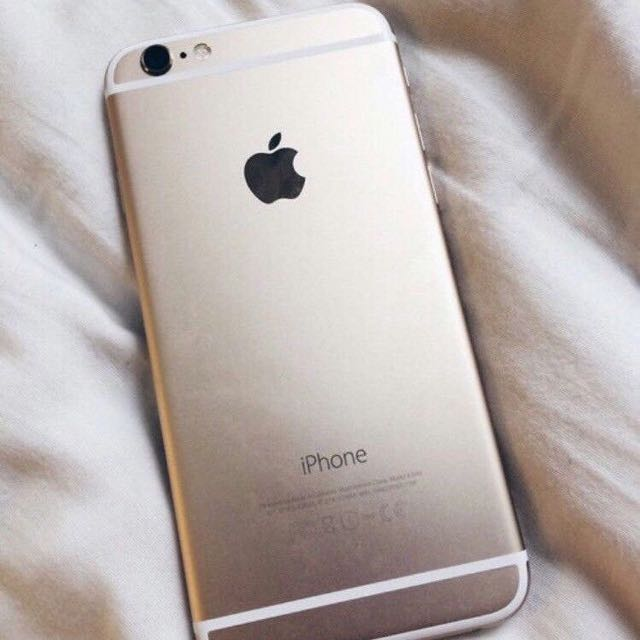 GOLD IPHONE 6 IN PERFECT CONDITION