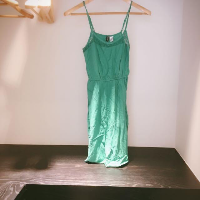 H&M細肩短洋裝
