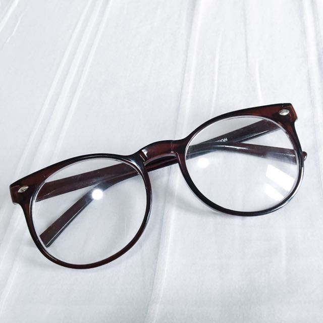 Kacamata Gaya Coklat Rayban KW