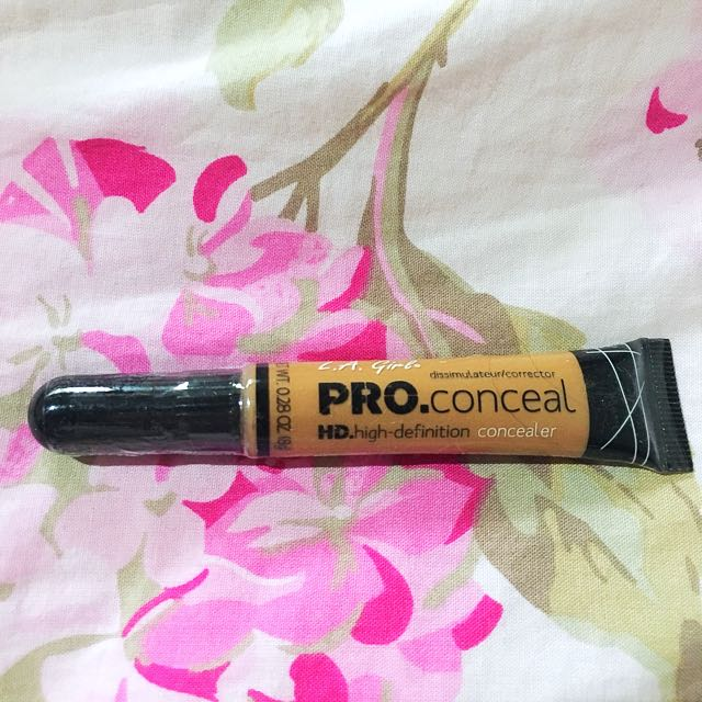 LA GIRL PRO CONCEAL Almond