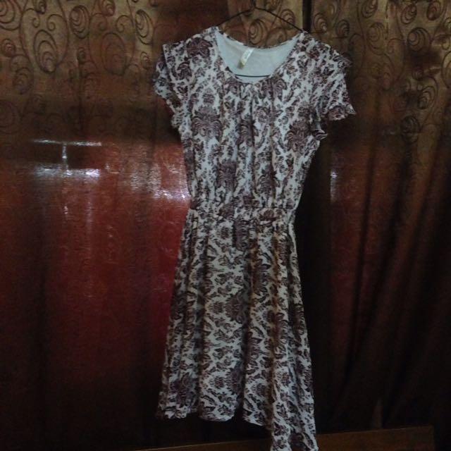 Motif Dress Maroon Preloved