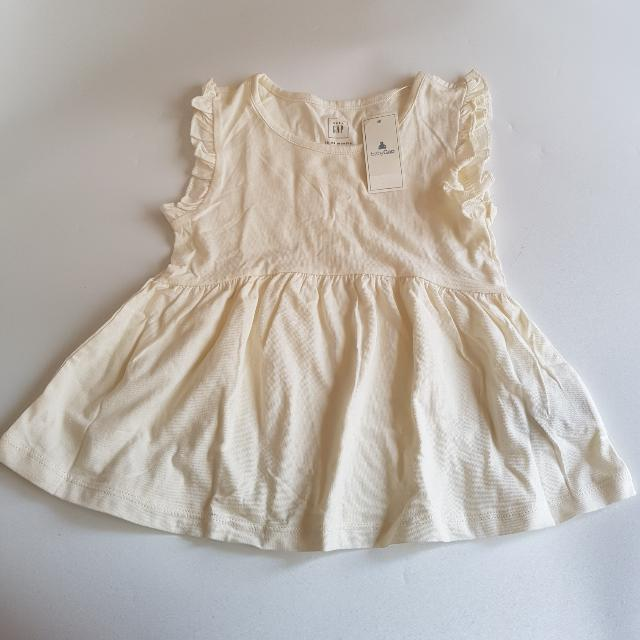 [NEW] Baby GAP Ruffled Basic Dress 18-24 months