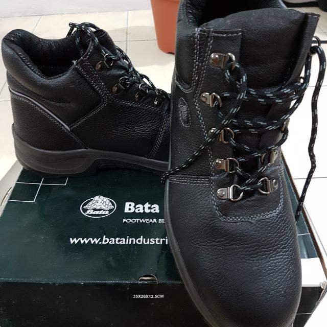 Safety Shoes BATA INDUSTRIAL DARWIN 2, Men's Fashion, Footwear on Carousell