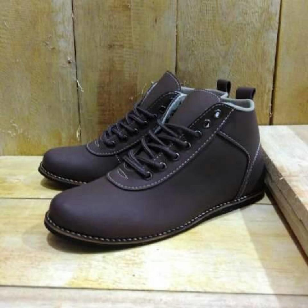 Sepatu Casual Semi Booth Pria Kickers Orlando Grade Original 2f11fc5e67
