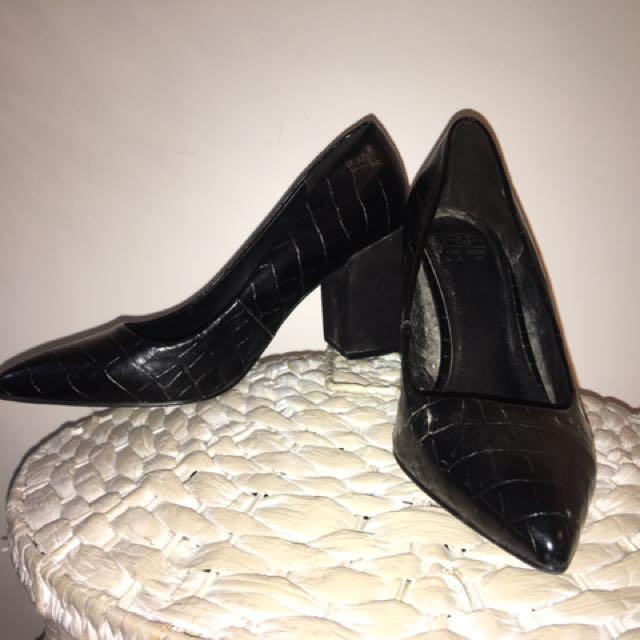 Smart Black Snakeskin Chunky Heels