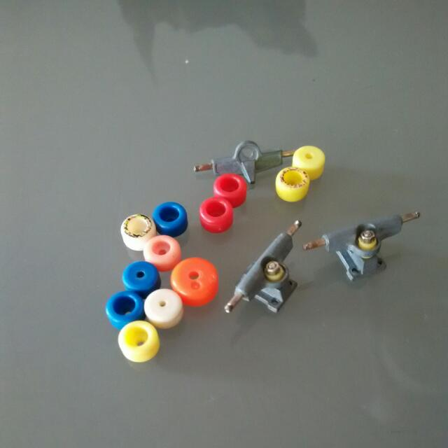 Tech Deck Spare Parts, Toys & Games, Bricks & Figurines on