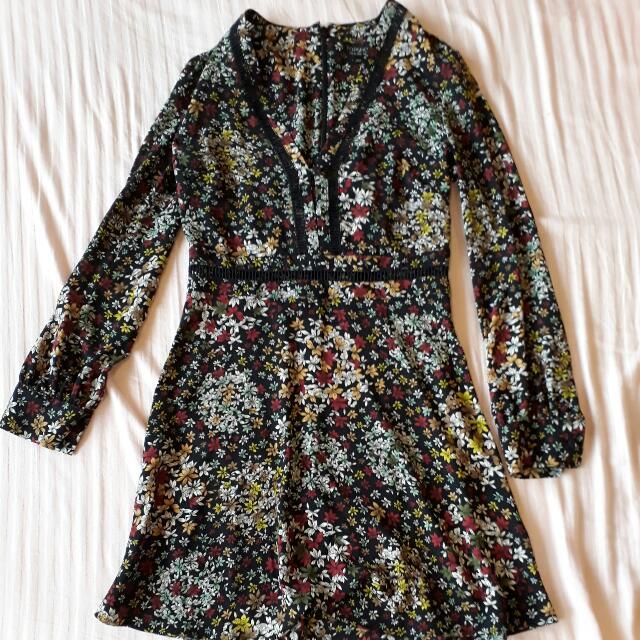 TOPSHOP V NECK FLORAL DRESS