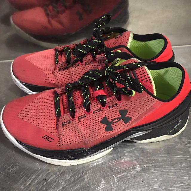 UA籃球鞋 Curry代言