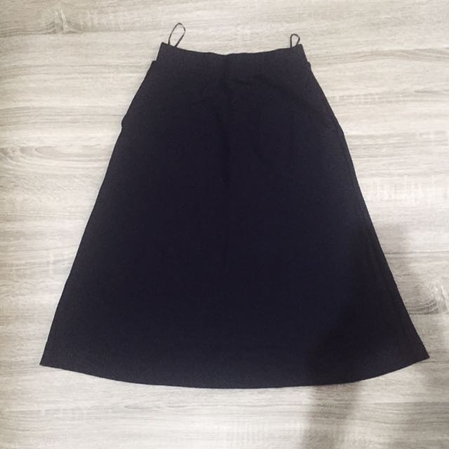 Uniqlo Navy Skirt