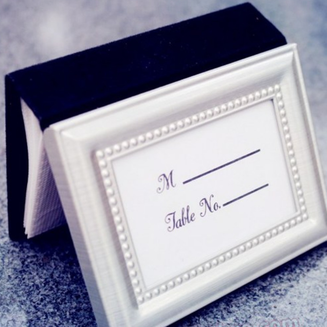 wedding favors - mini photo frame, Photography on Carousell