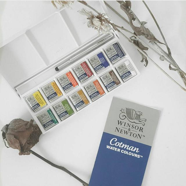 Winsor & Newton Cotman Sketchers Pocket Box