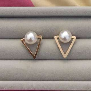 Korean Triangle Pearl Earrings