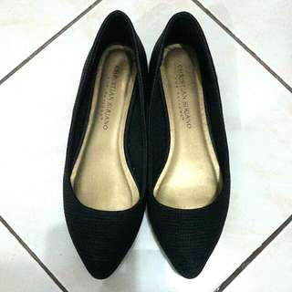NEW Black Pointed Flat Shoes