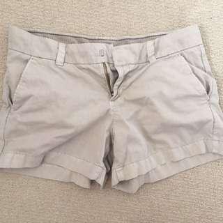 Uniqlo Shorts Size 28