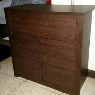 Drawer with  closet.