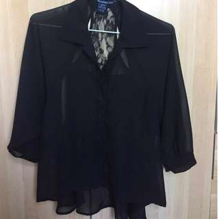 Black blouse with lace -XS
