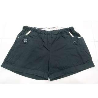 黑色花邊口袋短褲