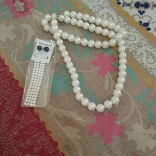 Set Anting-Kalung