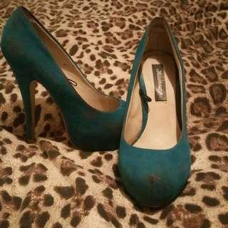 Size 5 Aqua Heels