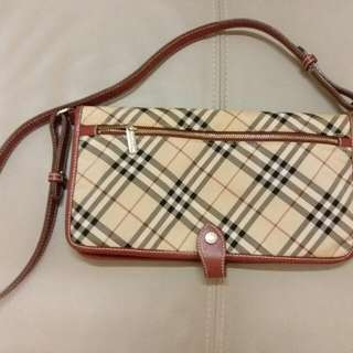 Burberry blue label handbag, cross body , 100% authentic, 85%new, purchased from Tokyo Japan