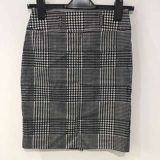 BN REVIEW Houndstooth Pencil Skirt AU6
