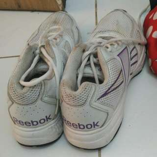 Reebok Running Shoes 38