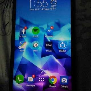 Asus Zenfone 2 Deluxe 128GB 4gbRam 3.0quick Charge