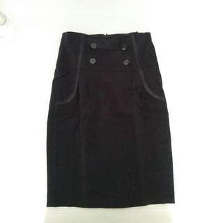 Rok Hitam/ Black Skirt