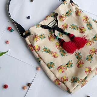 Pina Bucket Bag