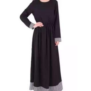 The Poplook Albertine Maxi Dress
