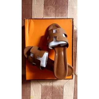 HERMÉS (Womans Footwear)