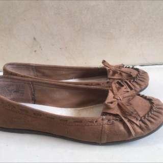 Brown Payless Flatshoes