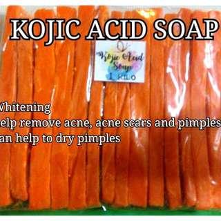 KOJIC AND GLUTA SOAP