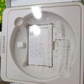 Original Samsung Desktop Wireless Charger LNIB
