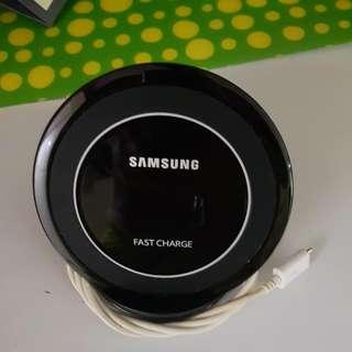 🚚 Samsung Wireless Fast Charger Original