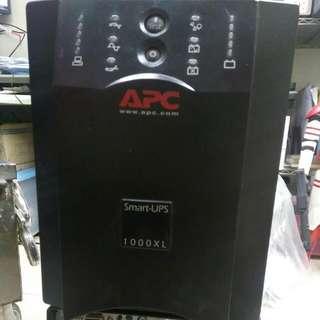 APC. Ups 1000xL