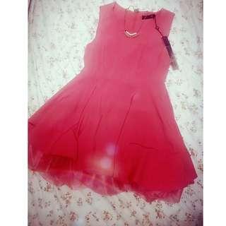 Momoco 橘紅色蕾絲襯裙洋裝👗