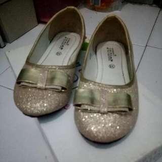 Sepatu Anak Merk Yongki Junior Size 33