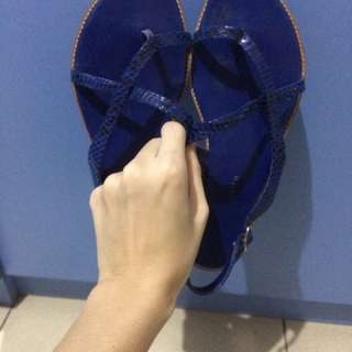 charles n keith blue shoes
