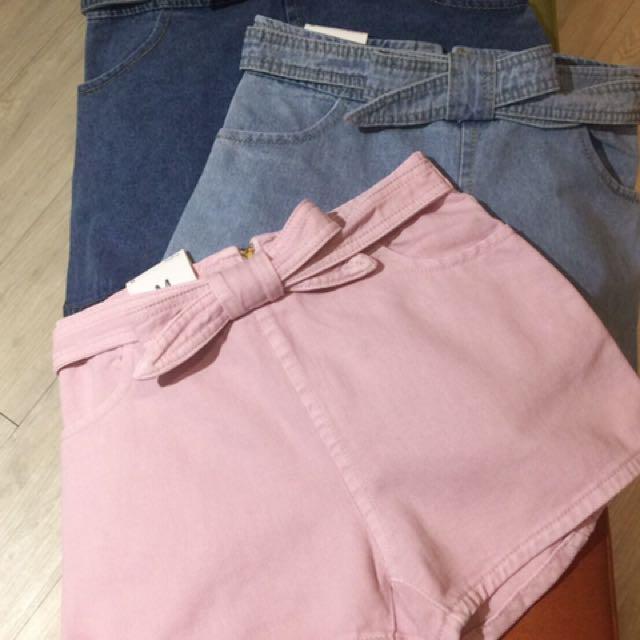 蝴蝶結粉紅牛仔短褲