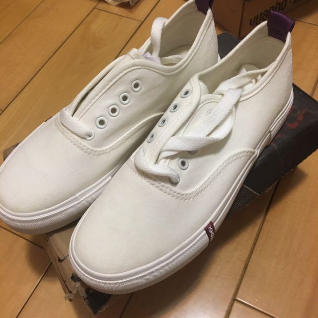 小白鞋 帆布鞋