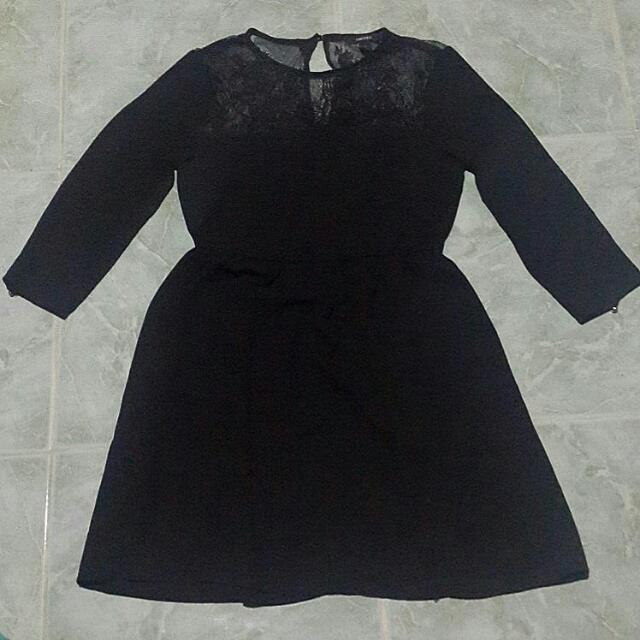 Authentic Forever 21 Black Dress