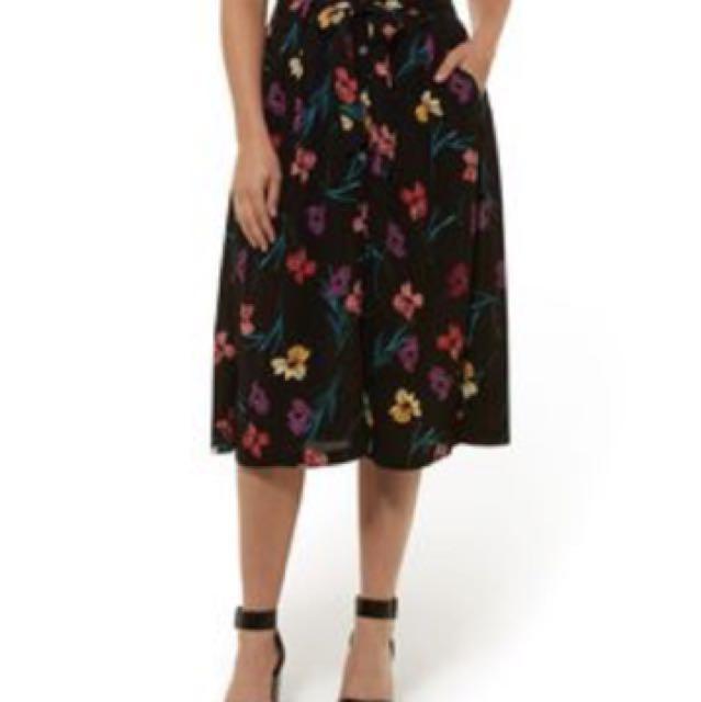 449b26937 💯Authentic Sports Girl Flora Button Down Midi Tie Skirt 6, Women's ...