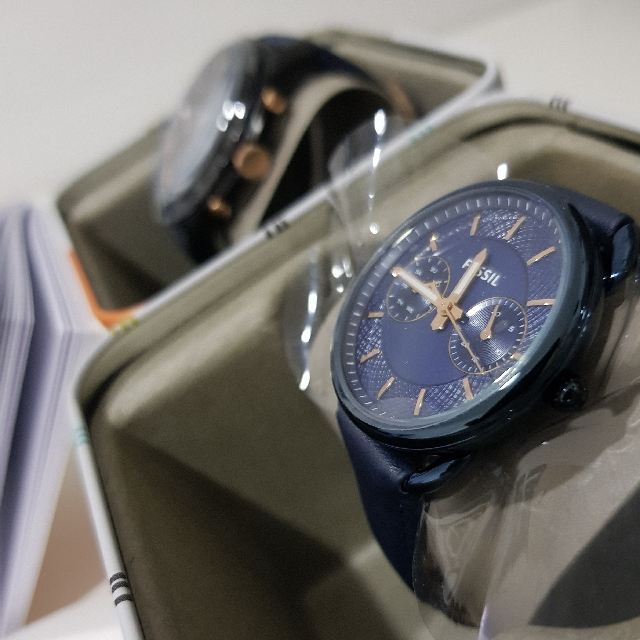 BNIB FOSSIL COUPLE WATCHES