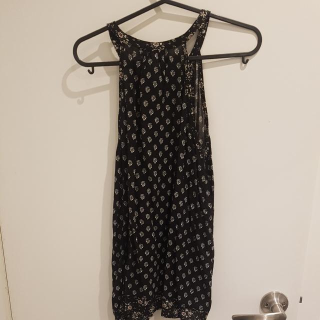 BNWT Patterned Top - Size 8