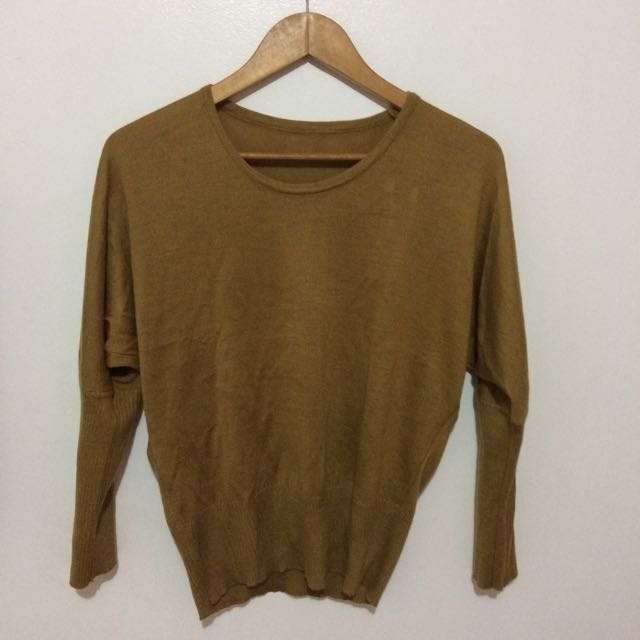 Brown pullovers